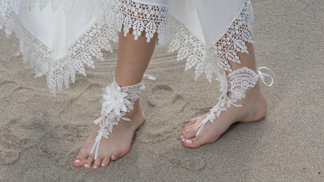 Beach wedding sandals tumblr beach wedding barefoot sandals junglespirit Choice Image