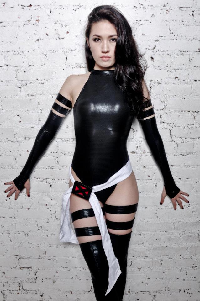 Psylocke x force cosplay