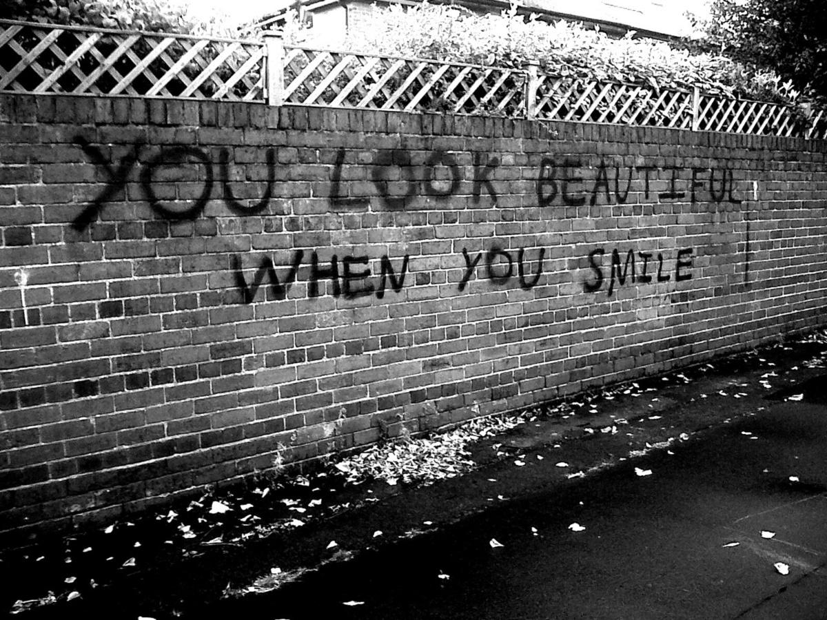 Tumblrstaticbeautiful black and white cute smile wall favim com