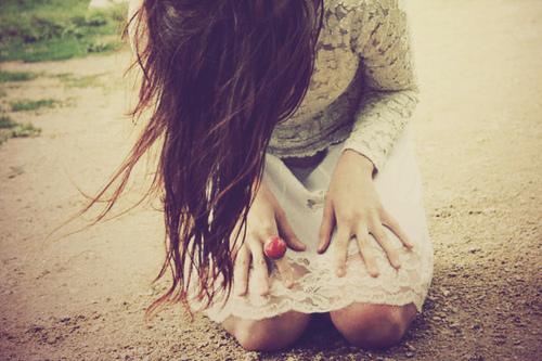 Resultado de imagem para Menina oração tumblr