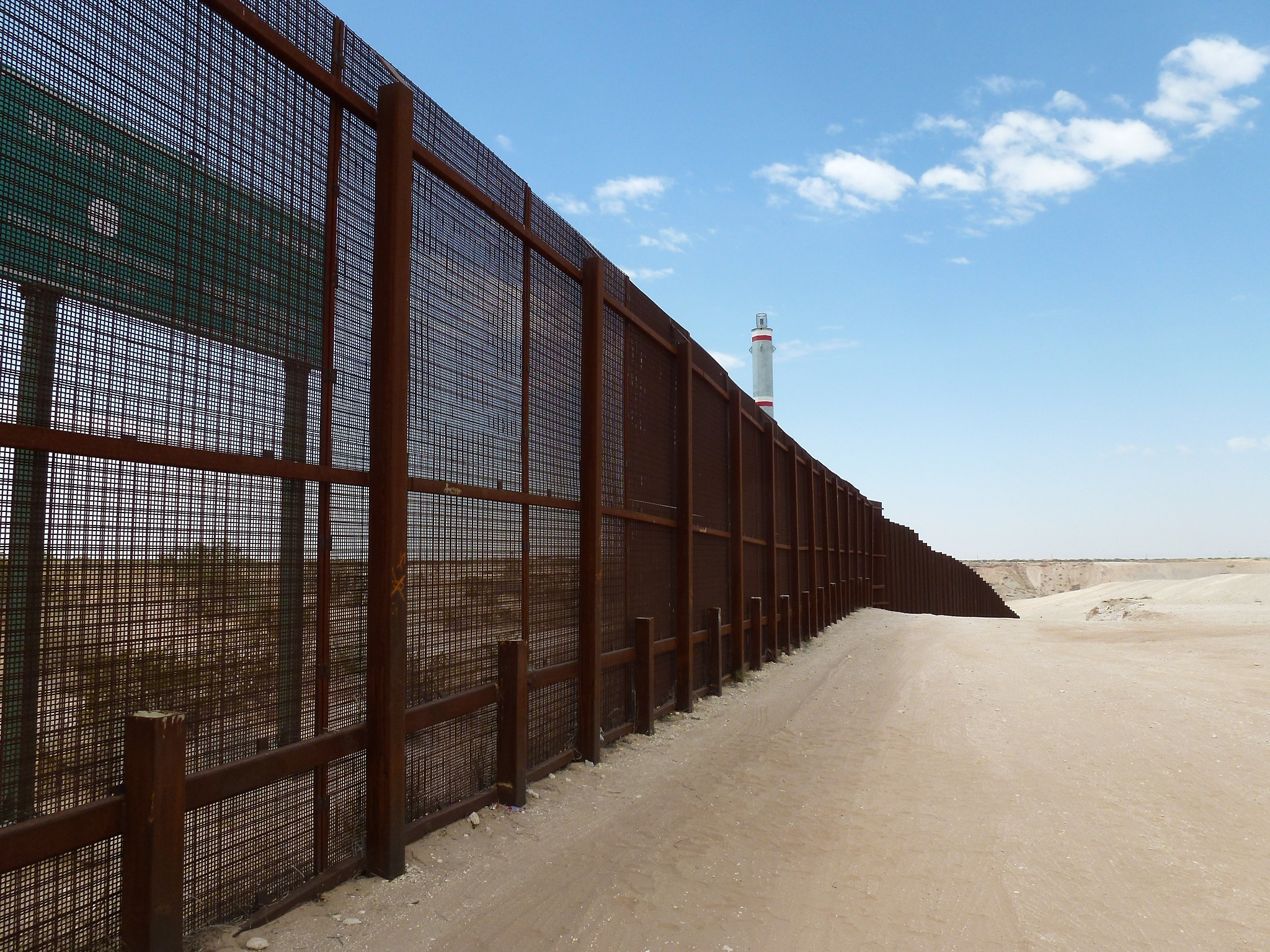 BORDER FACTS Separating Rhetoric From Reality Would A Border - Map of us border fence