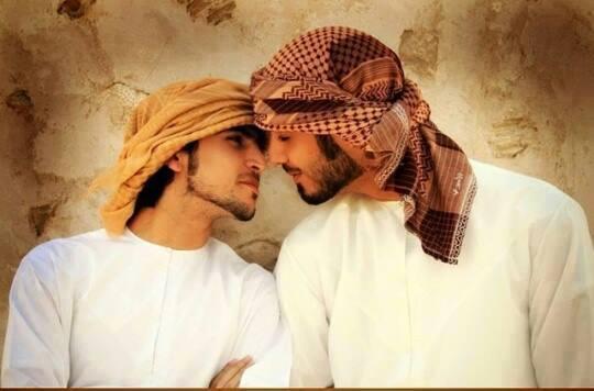 handsome-naked-arabian