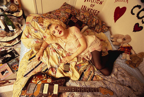 Courtney love cobain nude