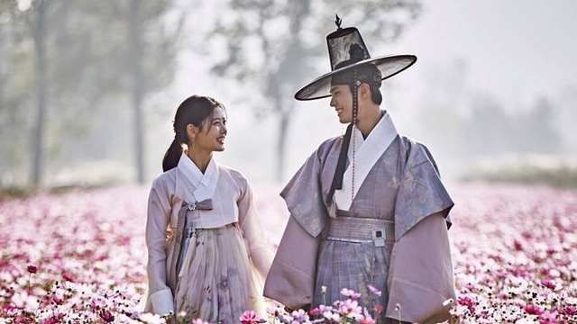 Resultado de imagen de Moonlight drawn by clouds