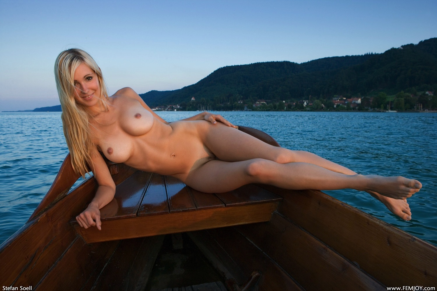 canoe Naked boating