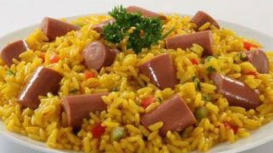 Resultado de imagen de arroz con salchichas