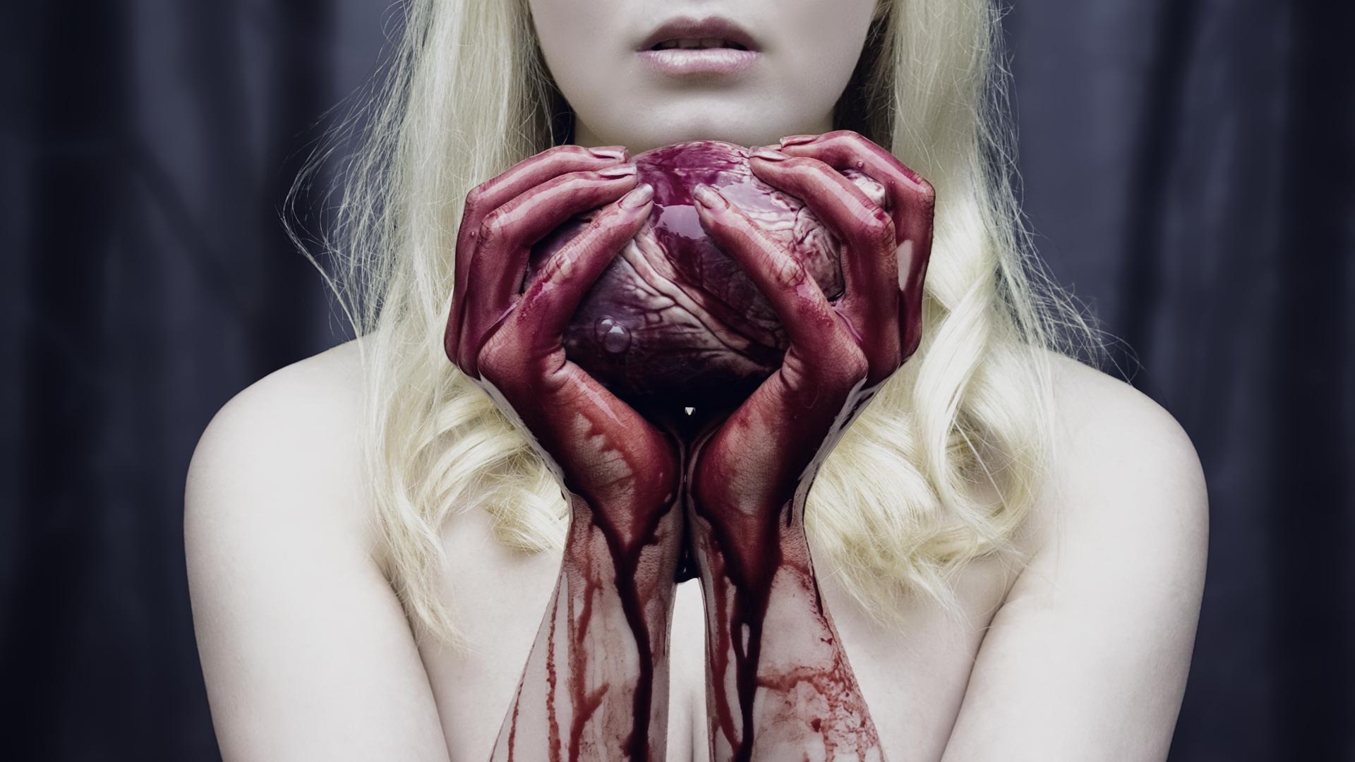 Пытки женщин с протыканием 8 фотография
