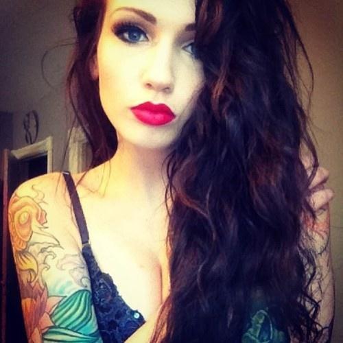 Tattoo Woman Dark: Swedish Girls Instagram