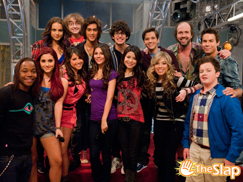 Icarly Iparty With Victorious Cast