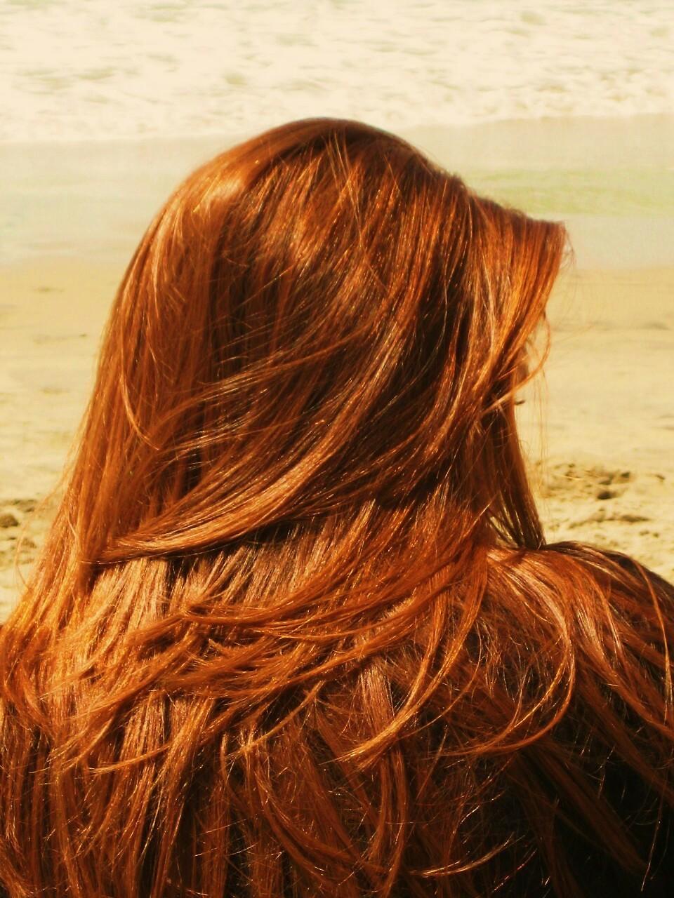 герасим фото одной рыжей девушки со спины аппетитные половинки