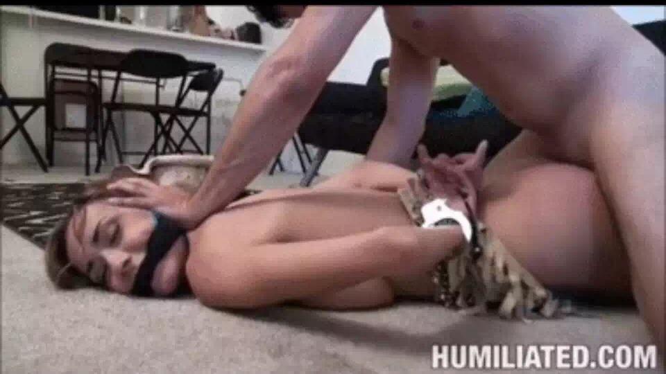 Жестокое Порно Поймали И Вылизали