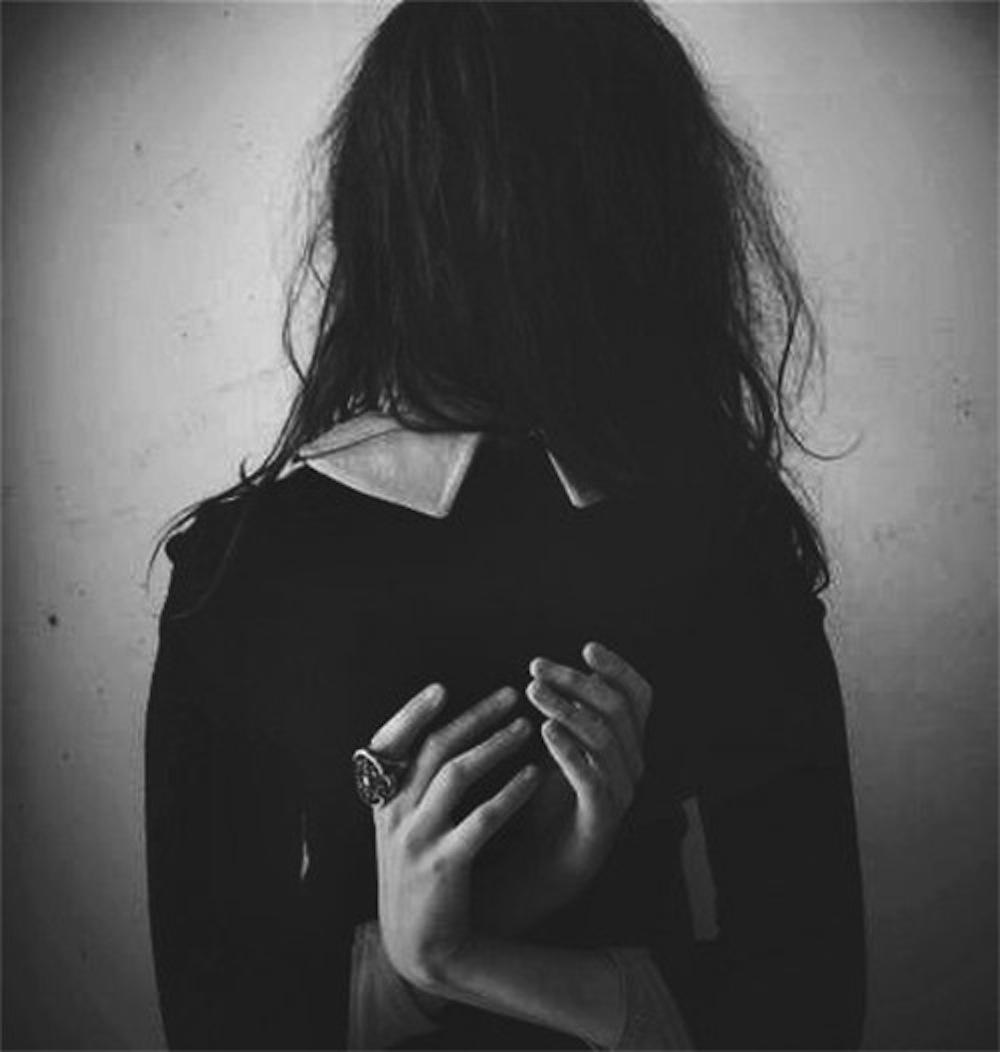 Фото красивых девушек черно белое со спины 5 фотография