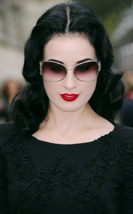 Dita Von Teese, if you please