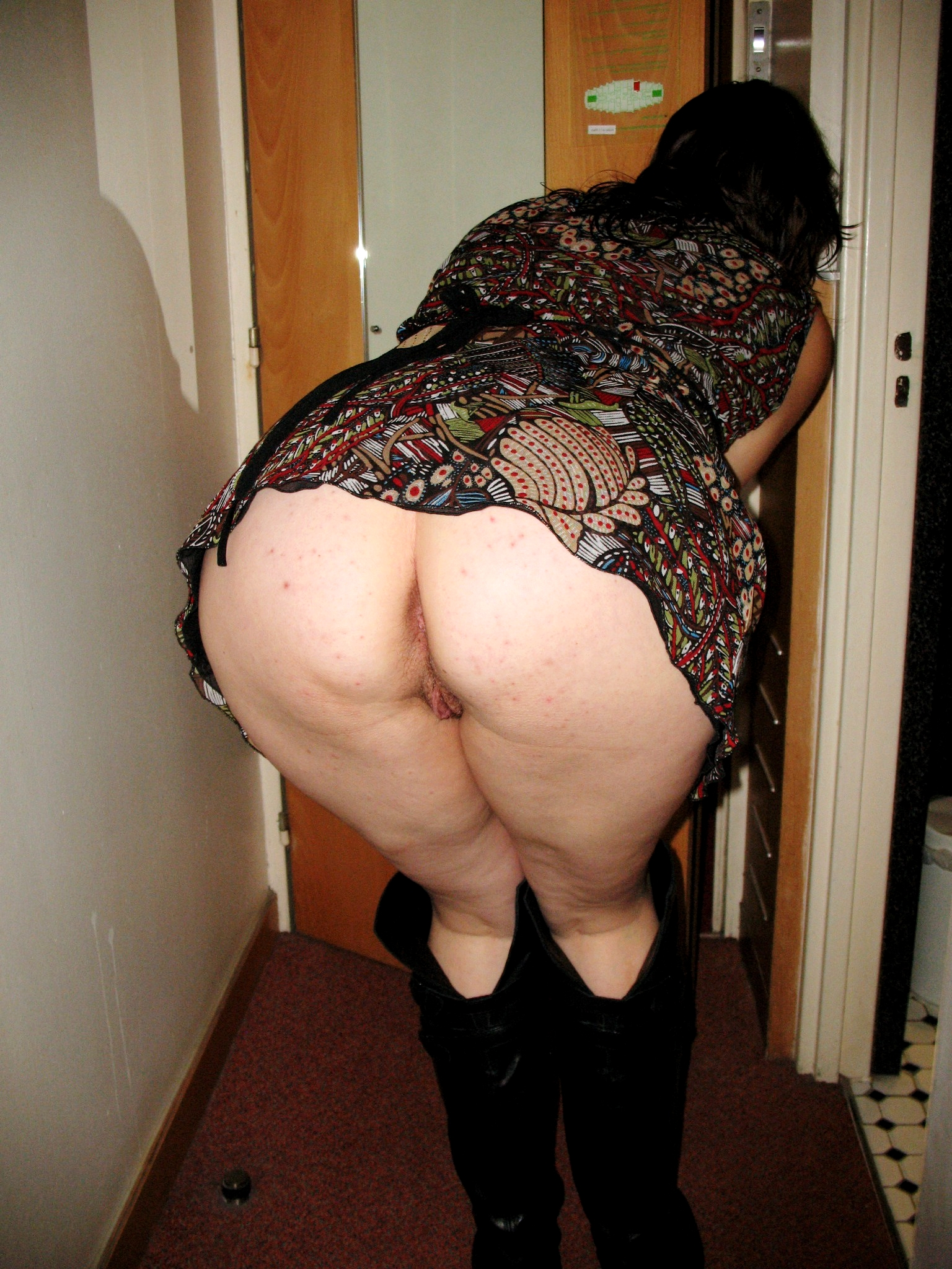 Mature Mom Ass 8