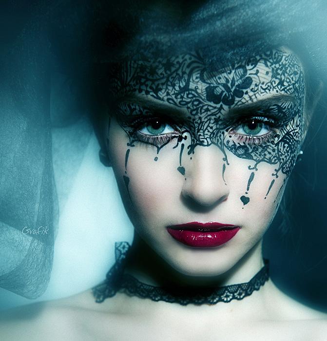 Queen of hearts costume makeup
