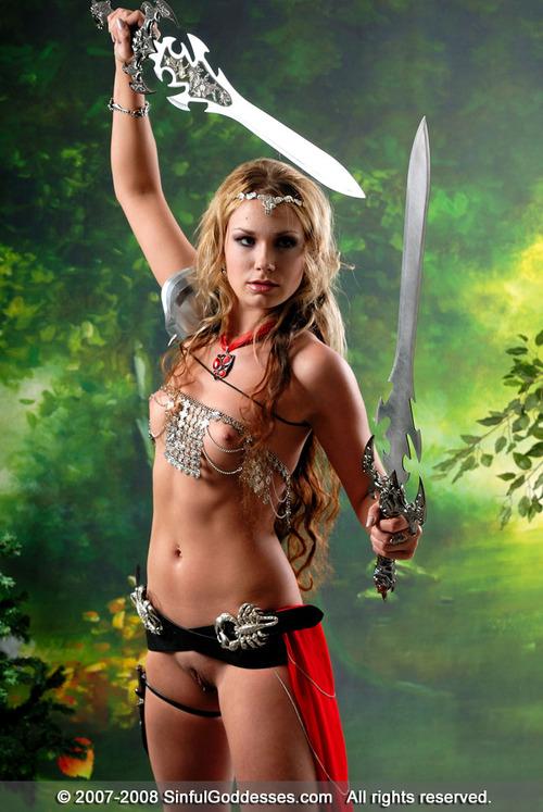 Большие картинки эротических амазонок фото 480-59