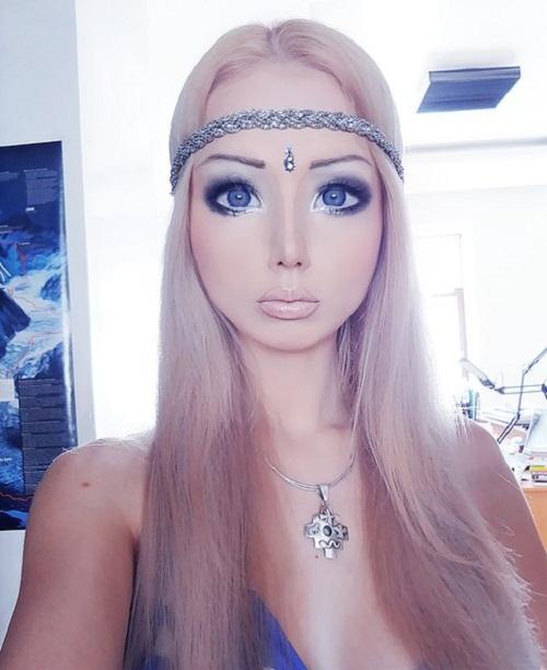 Real barbie girl valeria lukyanova