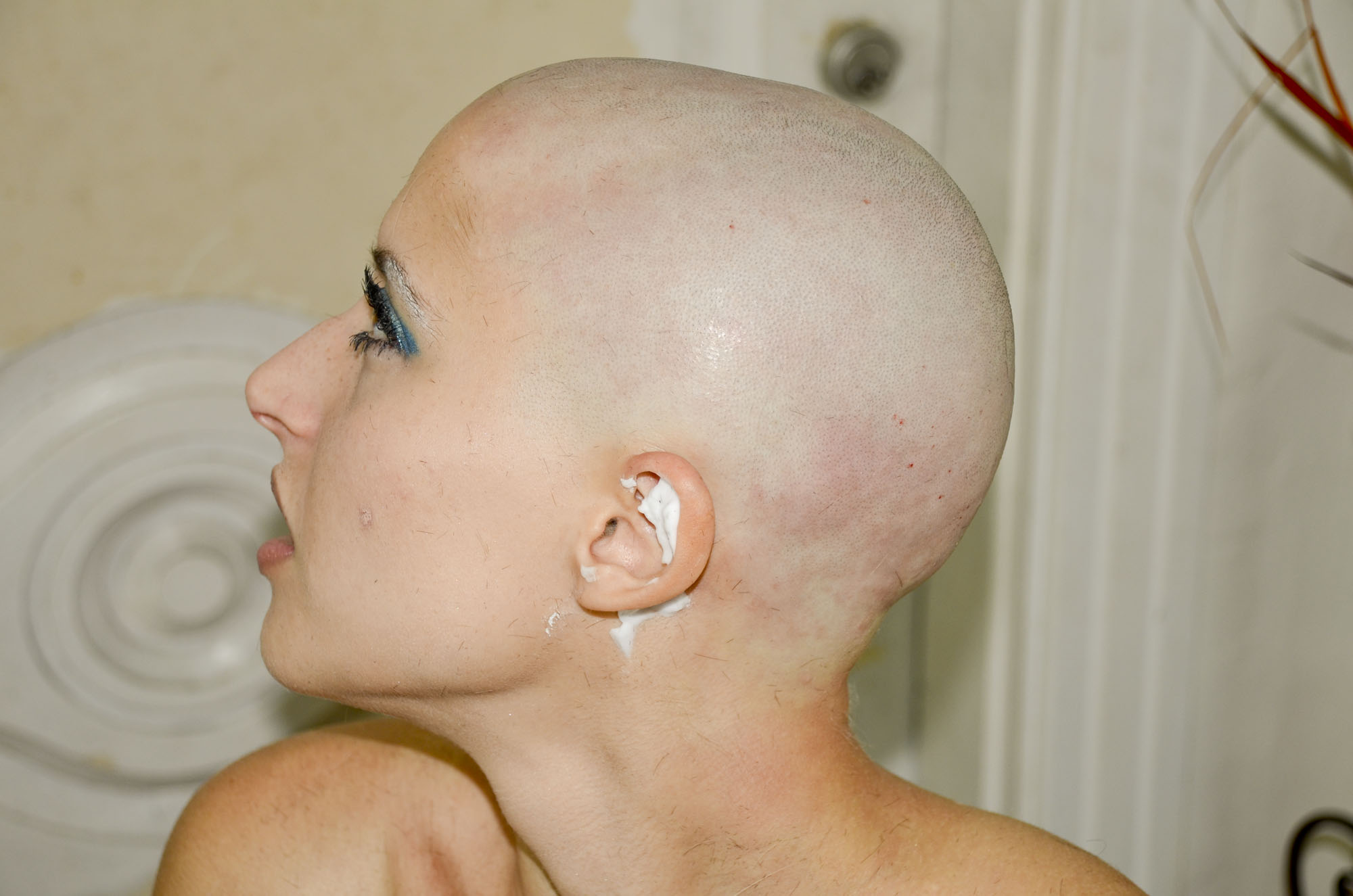 head bald Naked shaved girl