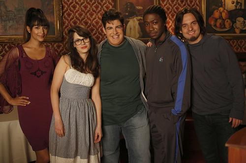 when does new girl come back