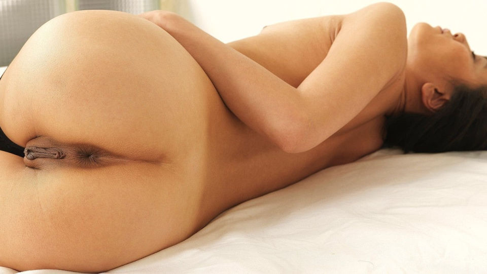 Naked Female Butts 40