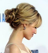 Taylor swift hairstyles bun