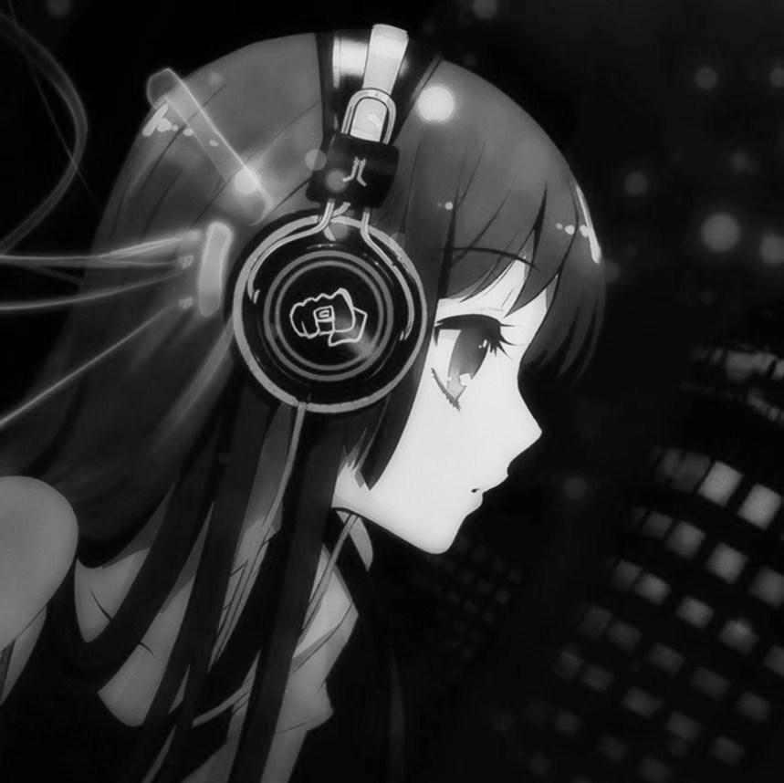Girl With Headphones Tumblr
