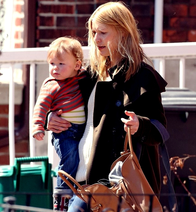 Photo of Claire Danes & her Son  Cyrus Michael Christopher Dancy
