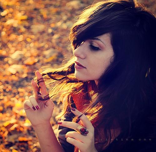 Empieza el otoño. Tumblr_static_fall-girl-darkhair