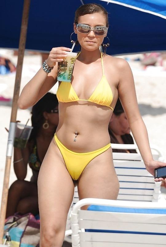 Bikini voyeur pictures