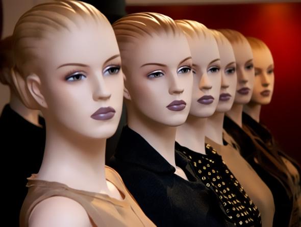 mulheres clones