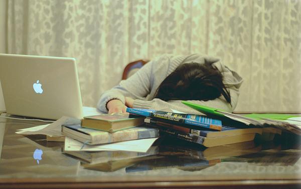 computador estudar livros