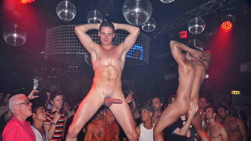 голые парни в ночных клубах фото