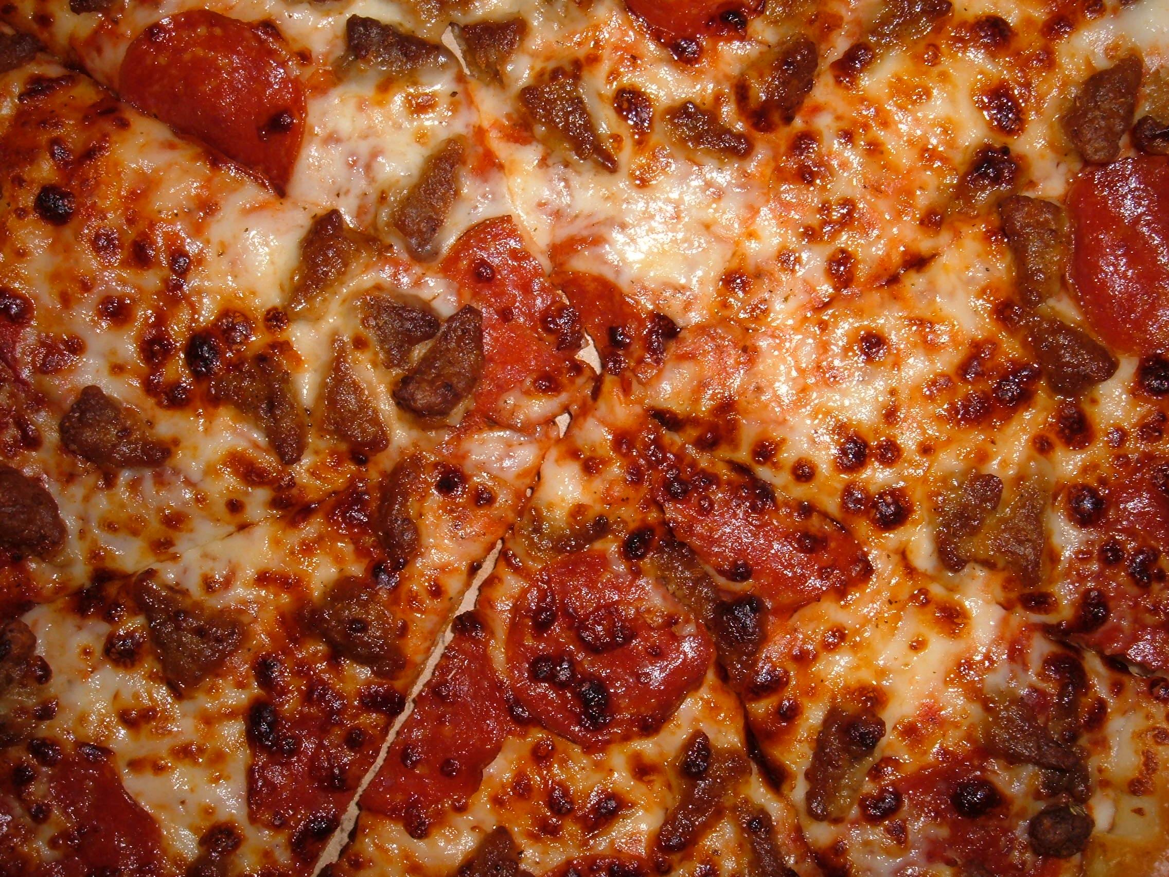essay-go to pizza hut