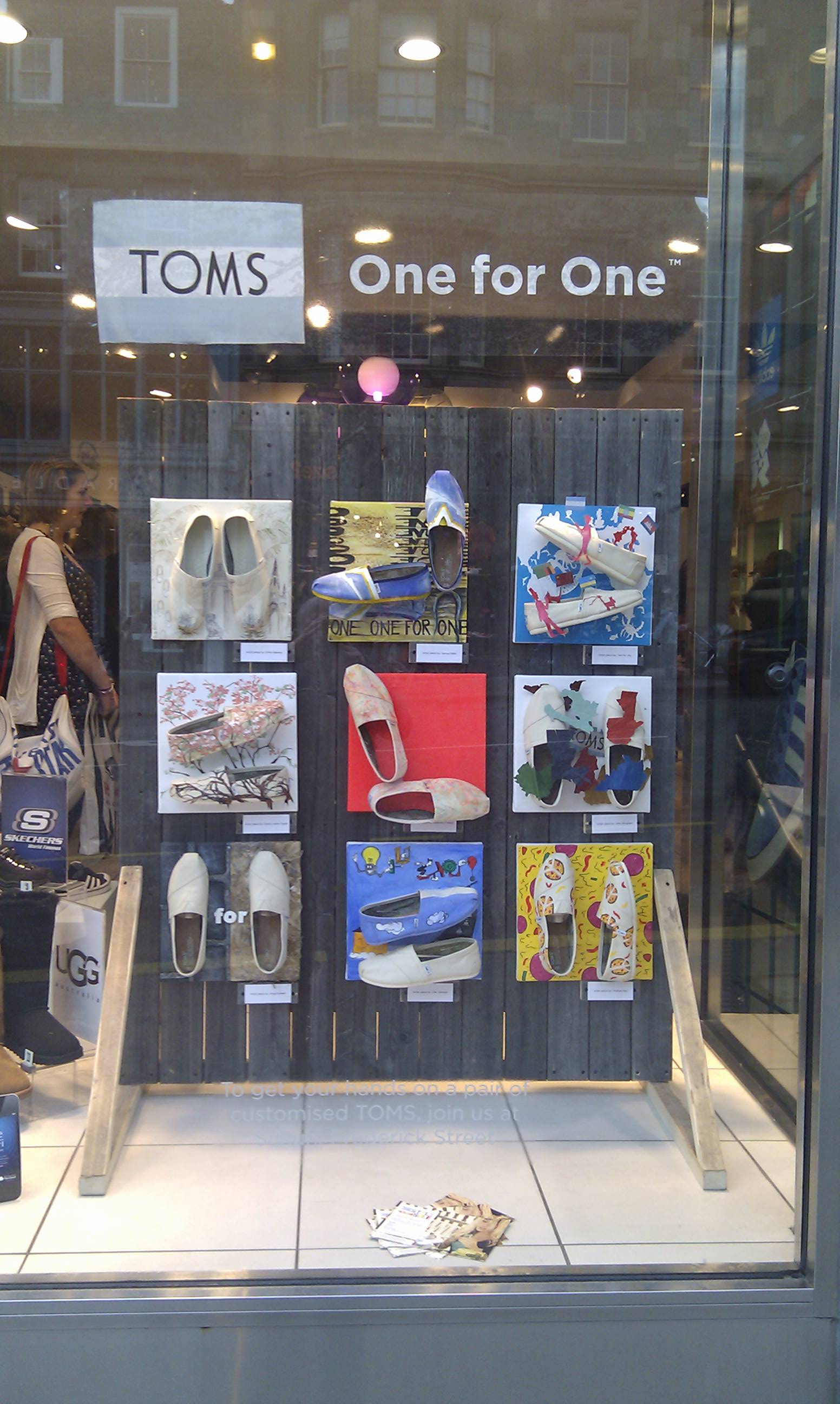 pretty nice 2d2c2 eb416 TOMS tumblr — See the awesome TOMS window display + Style ...