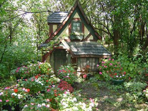 An aesthetic blog for the cottage kitchen witches for Witches cottage house plans
