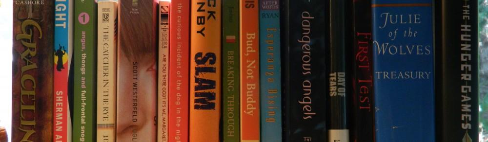pile of books teen - photo #10