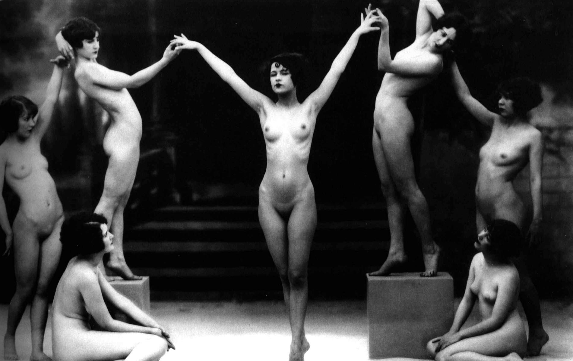 Nude erotic dance cartoon image