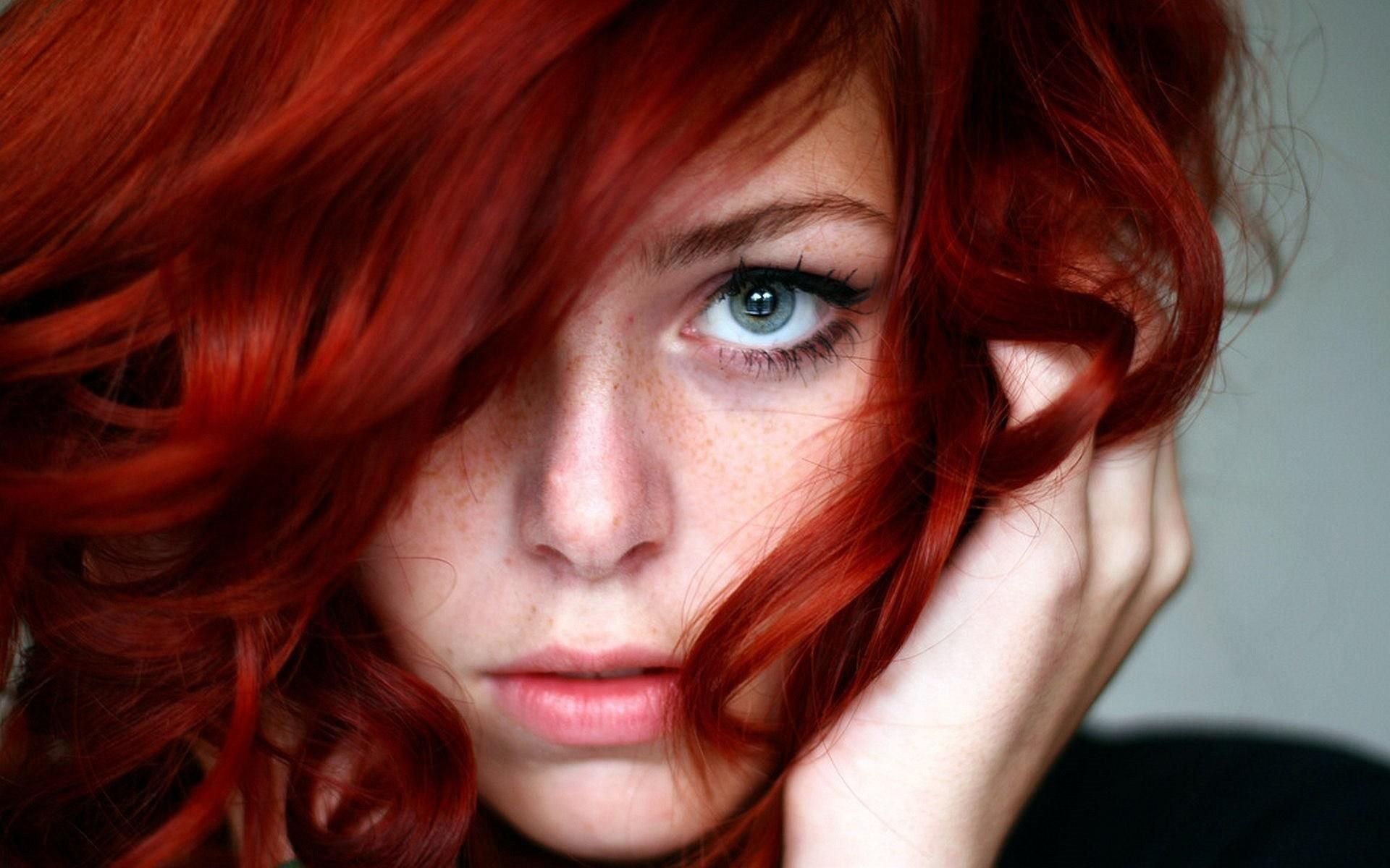 Redhead hairy pussy girls