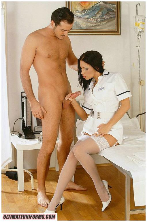 Медсестра дрочит пациенту фото