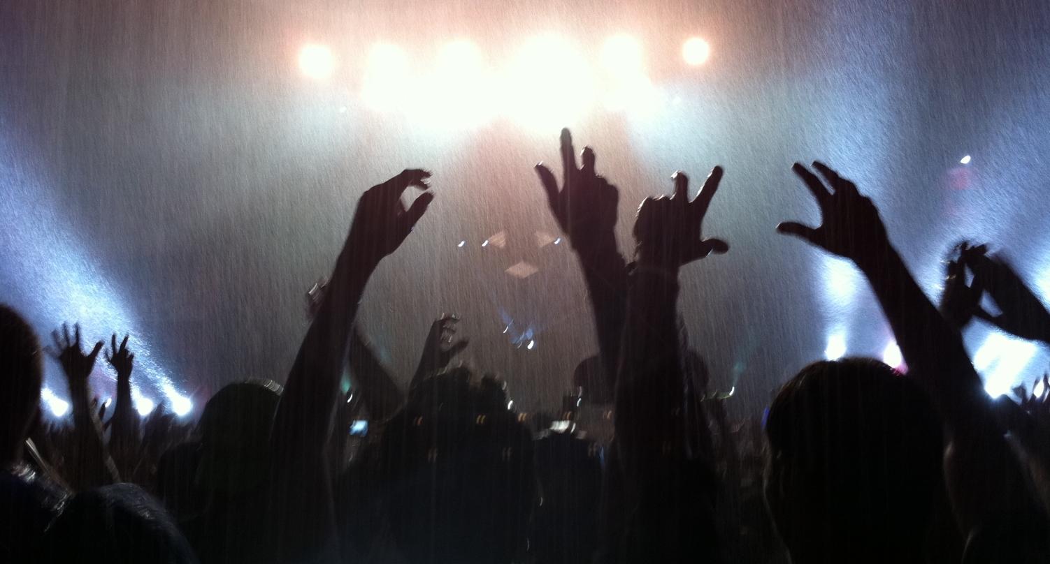 concert crowd tumblr