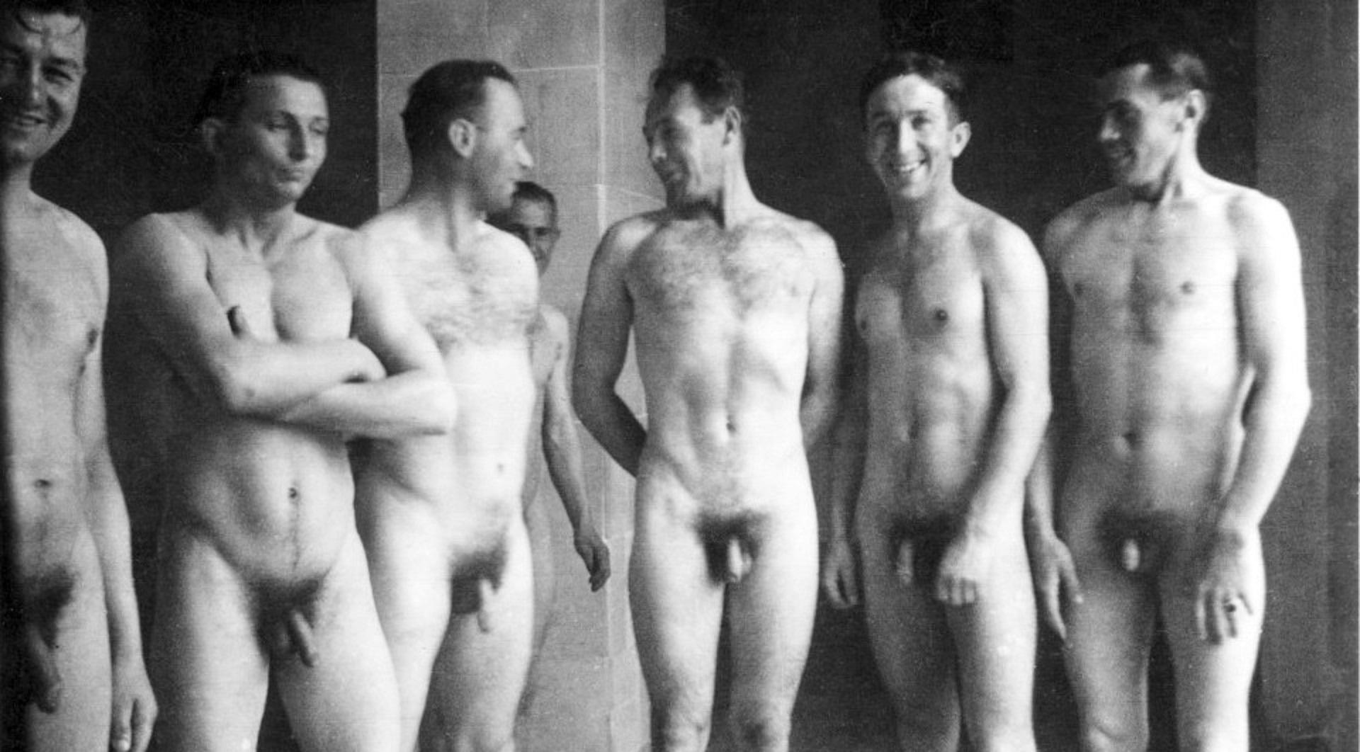 A Guy Naked 118