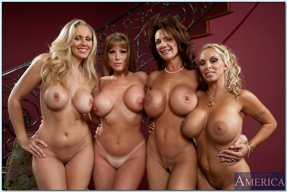 эротика больших сисек голых мамок фото