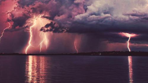 thunder and lighting thunder and lighting Tumblr