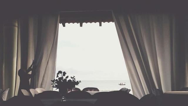 Mycroftssexyumbrella tumblr
