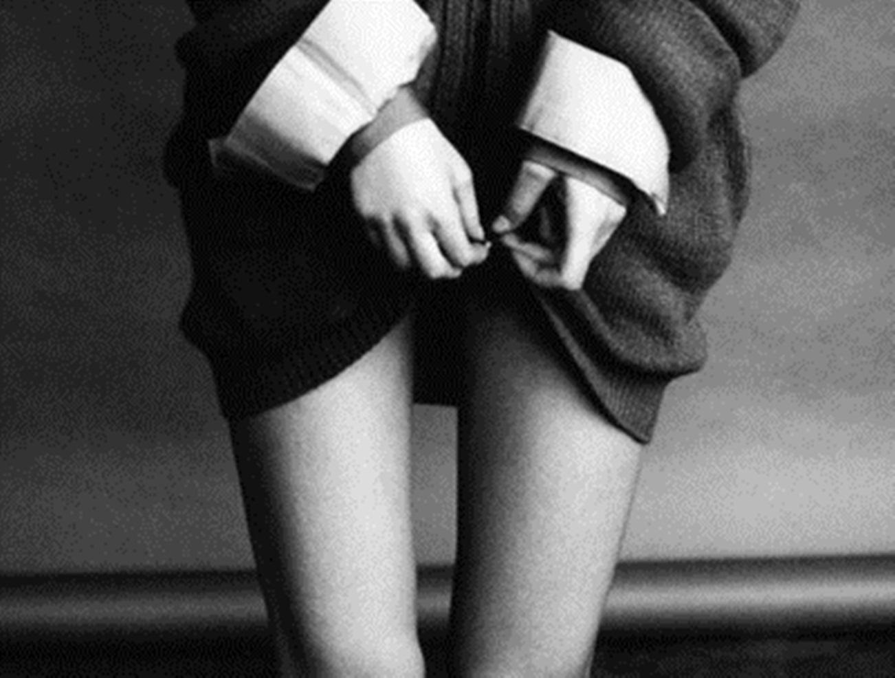 Юная девочка дрочит парню ногами 9 фотография