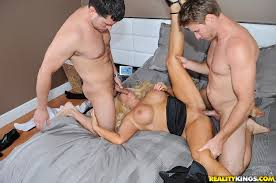Blonde wife mmf threesome