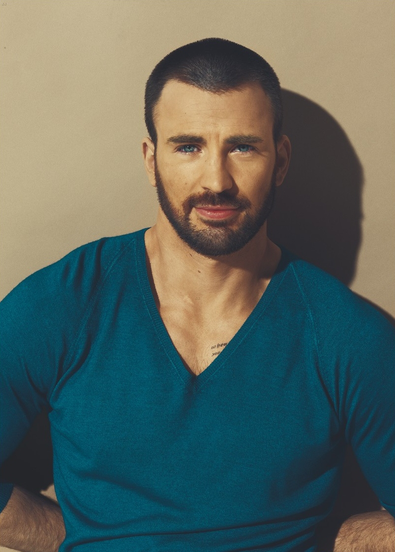 Les stars qui vous font baver ? - Page 2 Tumblr_static_the_chris_evans_blog_010212__7_