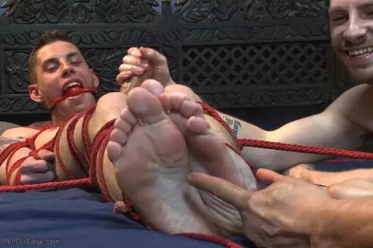 gay baitbus bondage