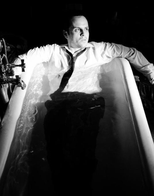 http://static.tumblr.com/fi0ki9f/qwQmb1chf/andrew_scott_-_fucking_bathtub.png