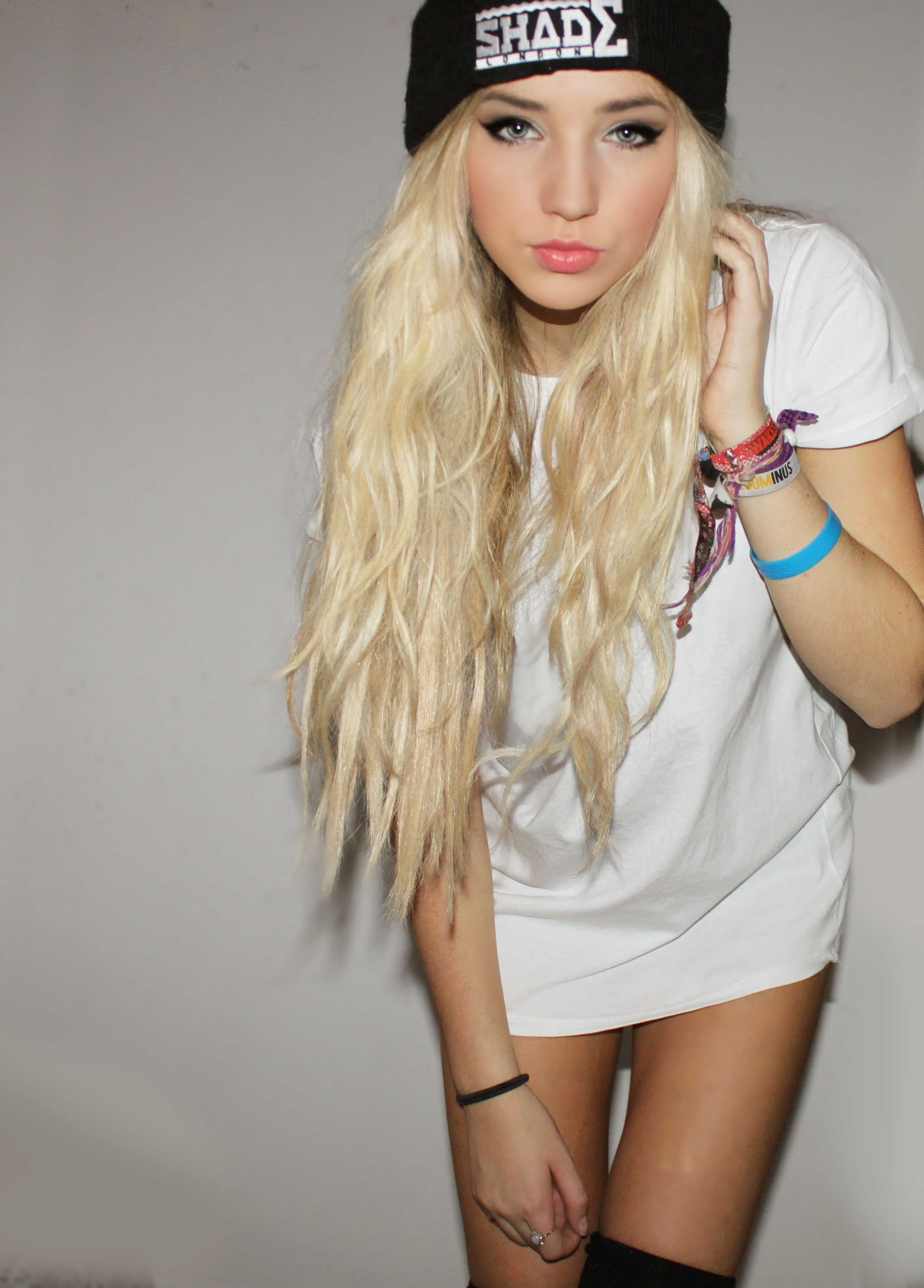 Pretty Girl with Blonde Hair Tumblr